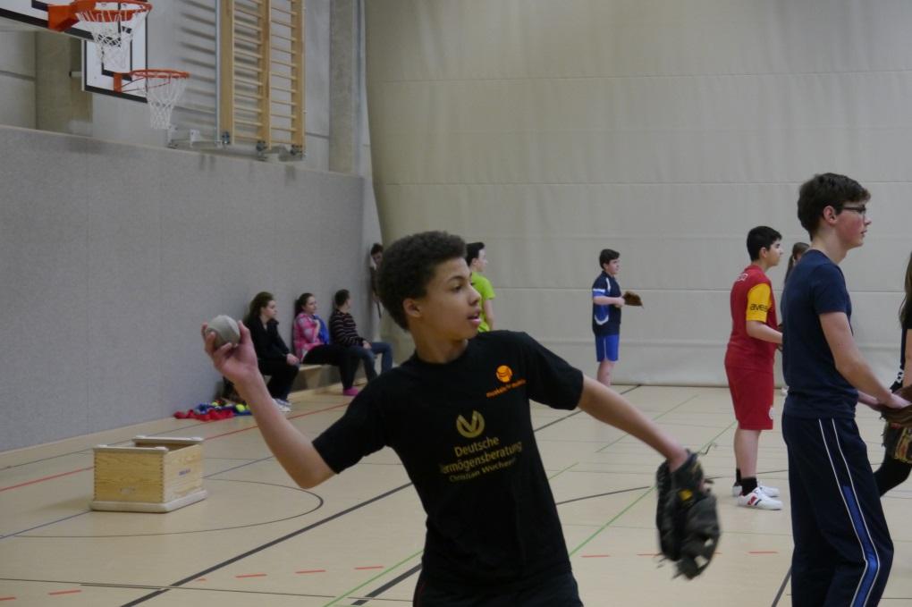 Baseball: Bischöfliches Abtei - Gymnasium in Duisburg Hamborn